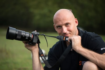 petar sabol poses with his Sony alpha 7RIII