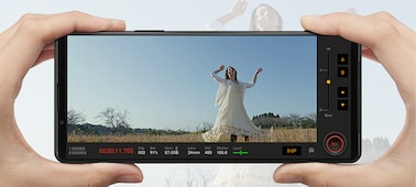Xperia 1 III being used to capture slow motion footage