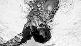 aleksandra szmigiel sony alpha black and white picture of a swimmer breathing