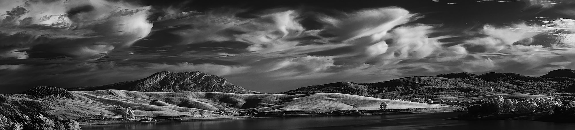 dilian markov sony nex 6 black and white mountain landscape in andalucia spain