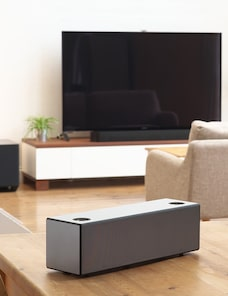 Sound bar and wireless speaker