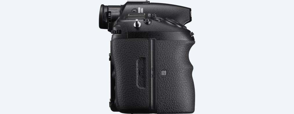 cc4ab5f1090d α99 II with back-illuminated full-frame image sensor | ILCA-99M2 ...